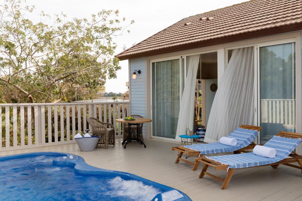 NEA-BEACH-HOUSE-5.jpg